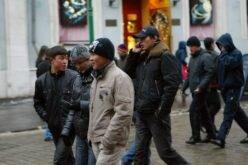 Якутскта кыргыз мигранттарына карата коркутуулар токтоду — диаспора