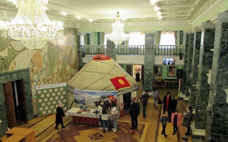 В Челябинске организовали фестиваль народного творчества «Навруз-2019»
