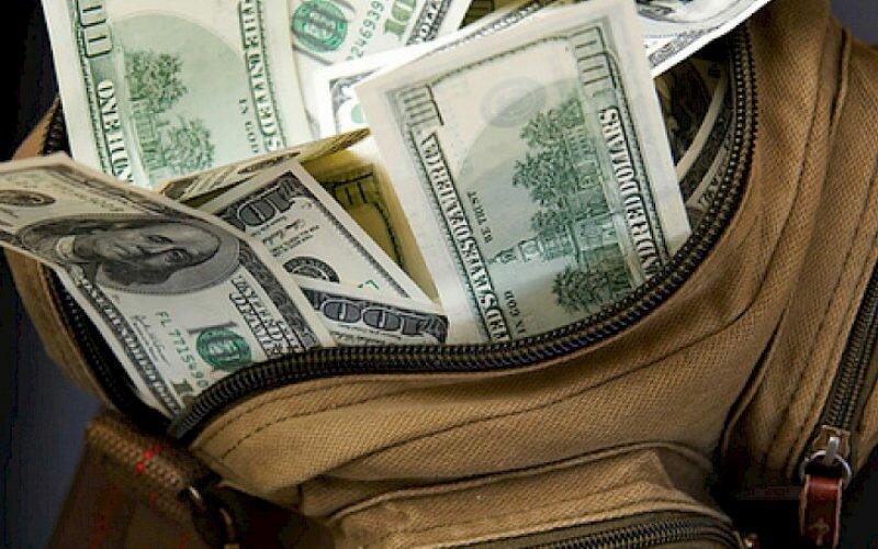 Мигранттар үч ай ичинде Кыргызстанга 540,4 миллион доллар которушту
