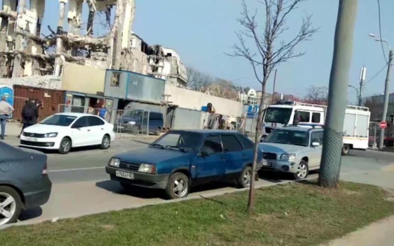 В Петербурге тело кыргызстанца, которого насмерть придавал строительный кран, вытащили на следующий день