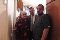 Дочь и внук Исхака Раззакова проживают в Москве в тяжелых условиях