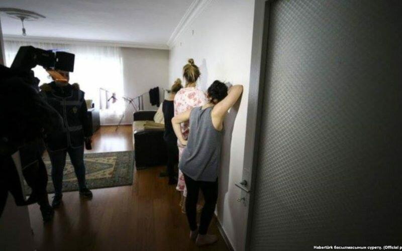 Түркияда алты кыргызстандык сексуалдык кулчулуктан куткарылганы маалым болду