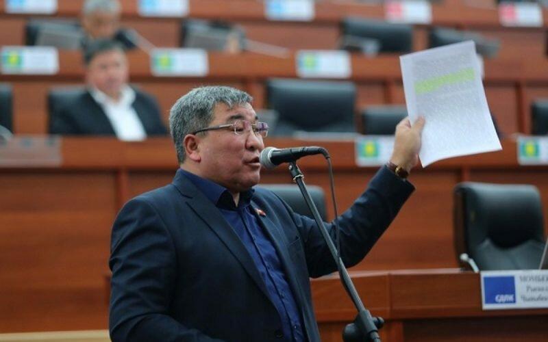 Депутат: Страну кормят трудовые мигранты