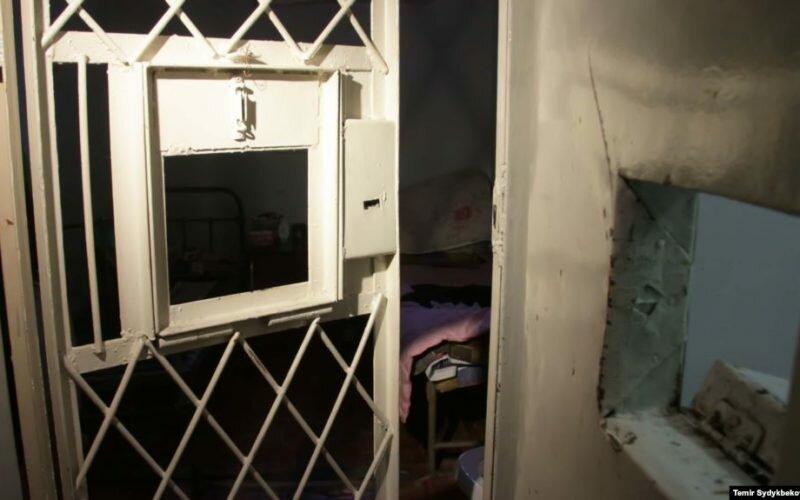 Кыргызстандын абактарында 340 чет өлкөлүк жаран жаза мөөнөтүн өтөөдө
