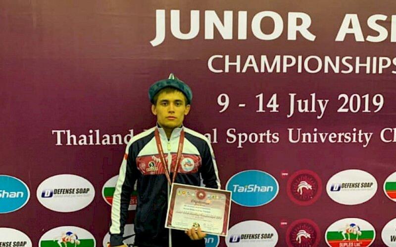 Спортсмен из Кыргызстана завоевал бронзу на чемпионате Азии среди юниоров в Таиланде