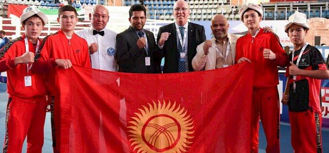 Два кыргызстанских боксера вышли в финал чемпионата Азии