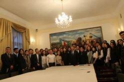 Кыргызские дипломаты в РФ помогут студентам-соотечественникам