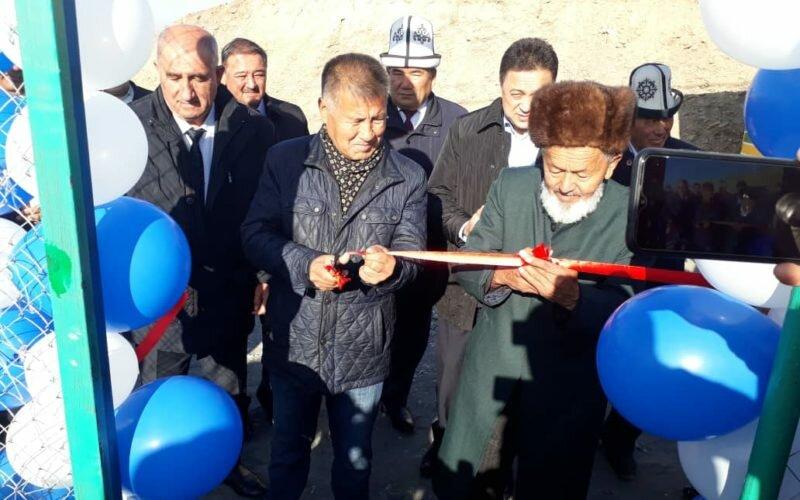 Соотечественник из Москвы  построил спортивную площадку в Узгенском районе